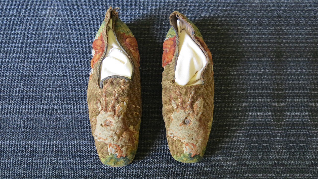 Abraham Lincoln needlepoint shoes